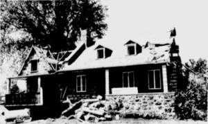 Maison Lalande, coin Montée-des-Sources et Gouin,