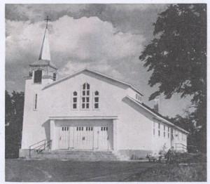 Église Marie-Reine-de-la-Paix 001